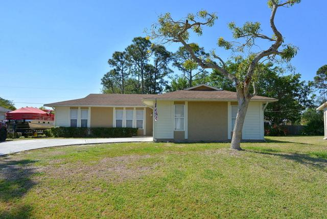 462 NW Sherbrooke AvePort Saint Lucie, FL 34983