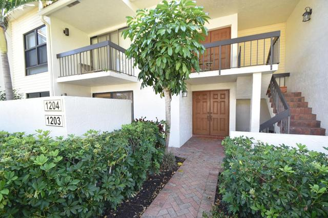 6760 Willow Wood Dr #1203, Boca Raton, FL 33434