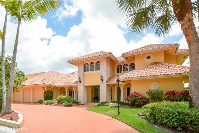 7795 Mandarin Dr, Boca Raton, FL 33433