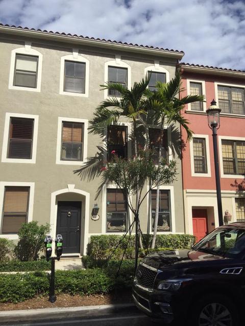 667 Hibiscus St, West Palm Beach, FL 33401