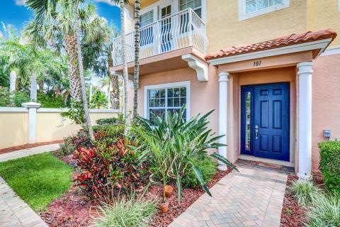 101 Harbors Way #101, Boynton Beach, FL 33435