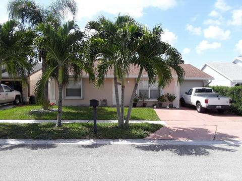 5440 Twin Oakes Rd, Lake Worth, FL 33463
