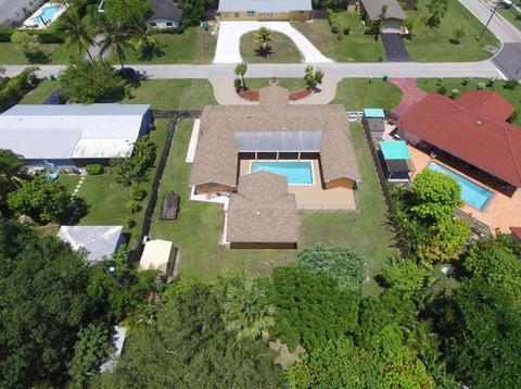 8710 SW 186th St, Cutler Bay, FL 33157