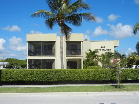 302 Lake Shore Dr #3, Lake Park, FL 33403