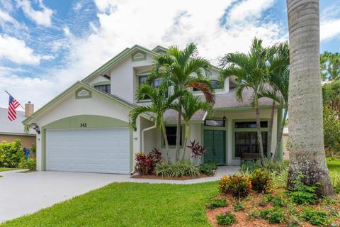 142 Park Rd, Royal Palm Beach, FL 33411