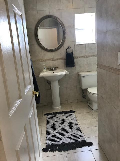 NW Th Pl Hialeah FL MLS RX Movotocom - Bathroom place hialeah