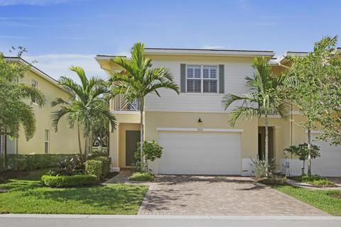 Hampton Cay Real Estate | 14 Homes For Sale In Hampton Cay, Palm Beach  Gardens, FL   Movoto