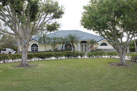 Steeplechase Real Estate | 24 Homes For Sale In Steeplechase, Palm Beach  Gardens, FL   Movoto