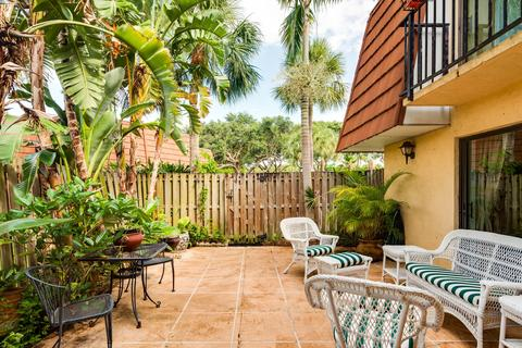 1525 Augusta Cir #112, Delray Beach, FL 33445