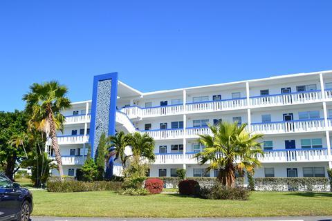 3bf29a06 4104 Newport U, Deerfield Beach, FL 33442 | 27 Photos | MLS #RX ...