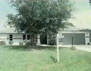 1733 SW Brisbane St, Port Saint Lucie, FL