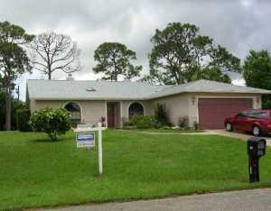 5627 SE Paramount Dr, Stuart, FL 34997