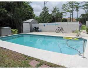 15726 N 86th Way N, Palm Beach Gardens, FL 33418
