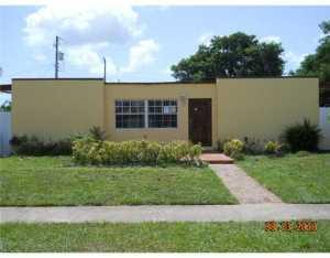 3866 Pensacola Dr, Lake Worth, FL 33462