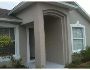 1055 SW Placetas Ave, Port Saint Lucie FL 34953