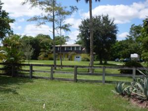 835 W Rambling Dr, Wellington, FL