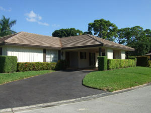 461 Forestview Dr, Lake Worth, FL