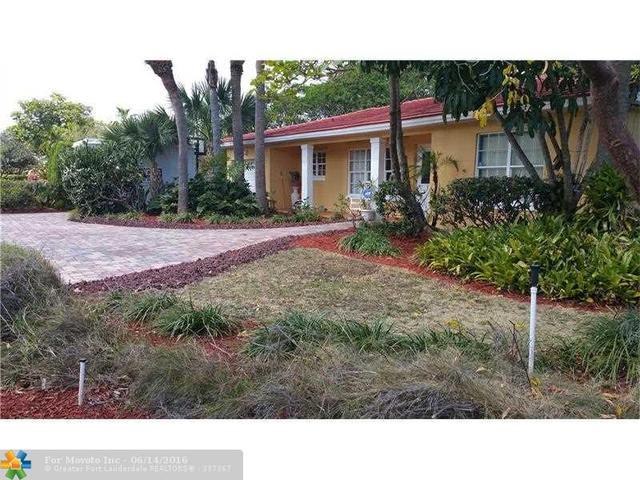327 Ellamar Rd, West Palm Beach, FL 33405