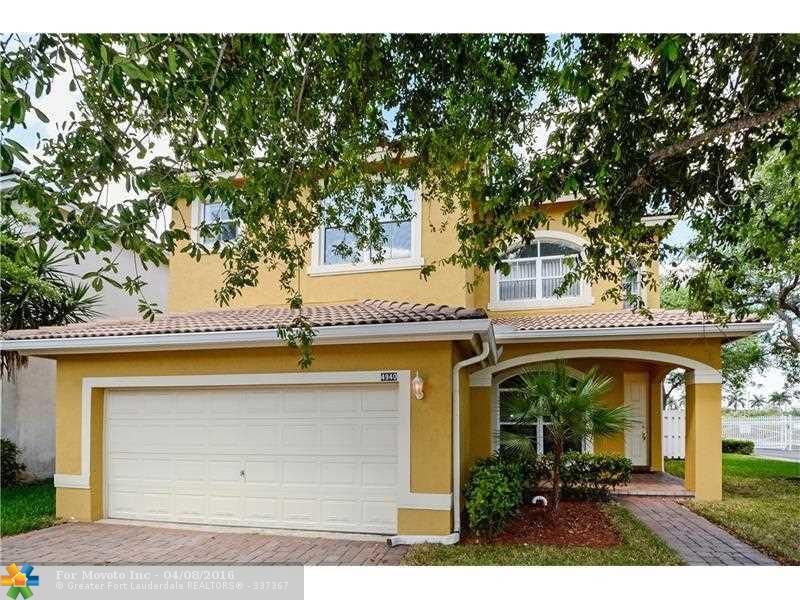 4940 SW 38th Way, Fort Lauderdale, FL