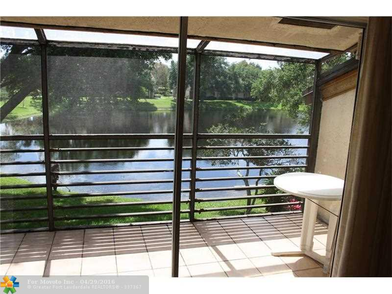 411 Gardens Dr #APT 204, Pompano Beach, FL