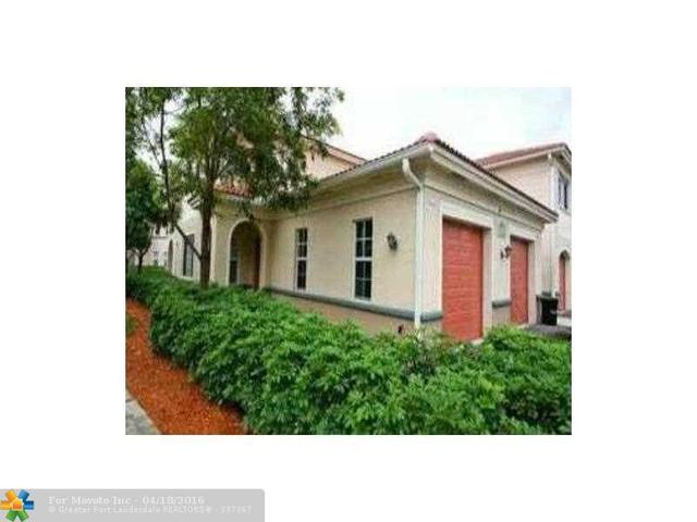 2490 Centergate Dr #APT 106, Hollywood FL 33025