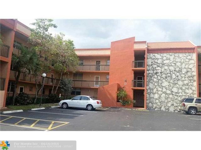 3190 Holiday Springs Blvd #APT 310, Pompano Beach, FL