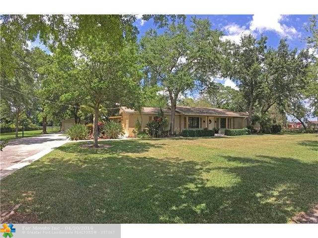 14301 W Palomino Dr, Southwest Ranches, FL 33330