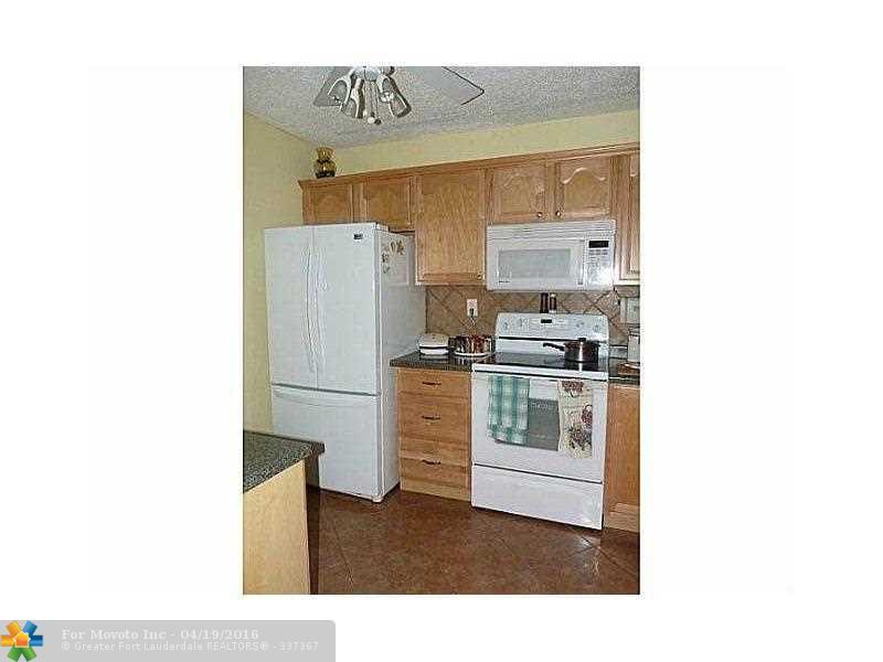 2860 Somerset Dr #APT 411K, Fort Lauderdale, FL