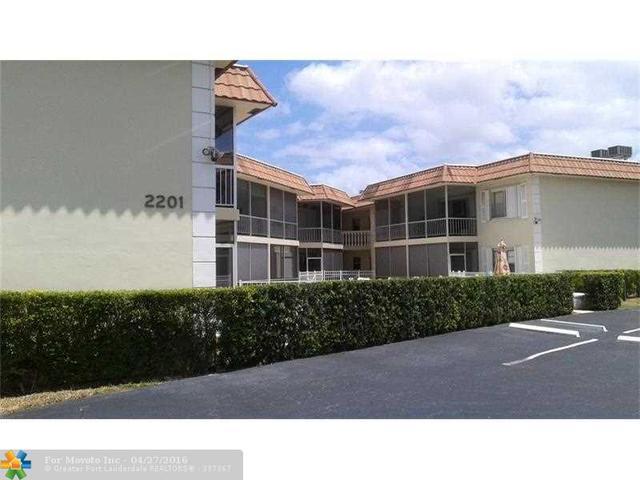 2201 SE 9th St #APT 106, Pompano Beach FL 33062