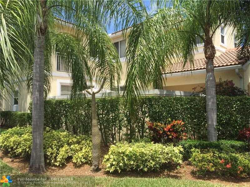 955 Lemonwood Court #955, Hollywood, FL 33019