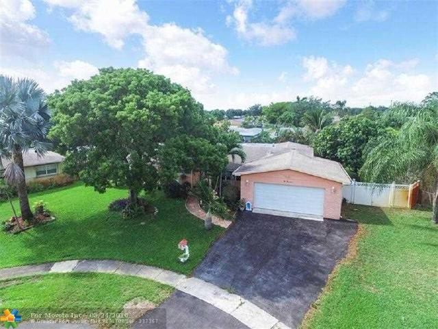 2000 NW 85th Ave, Hollywood, FL