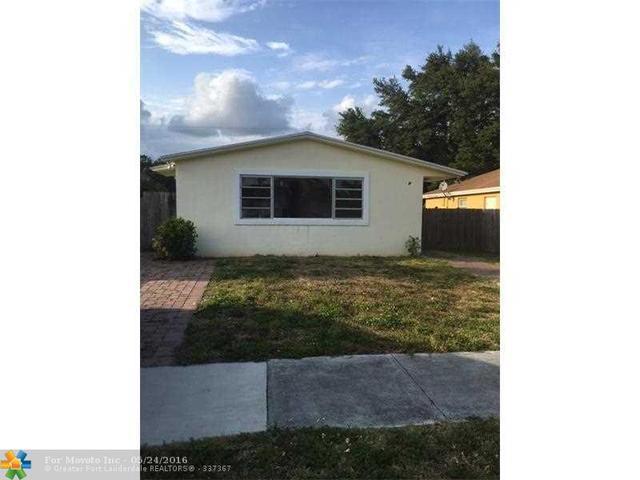 716 SW 8th St, Dania, FL
