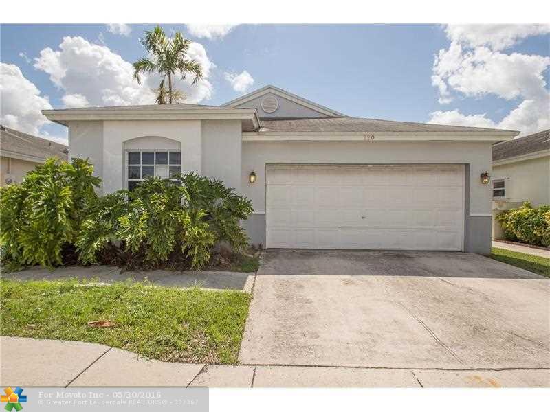 220 N Ketch Dr, Fort Lauderdale FL 33326