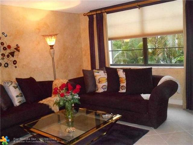 3800 N Hills Dr #APT 208, Hollywood, FL