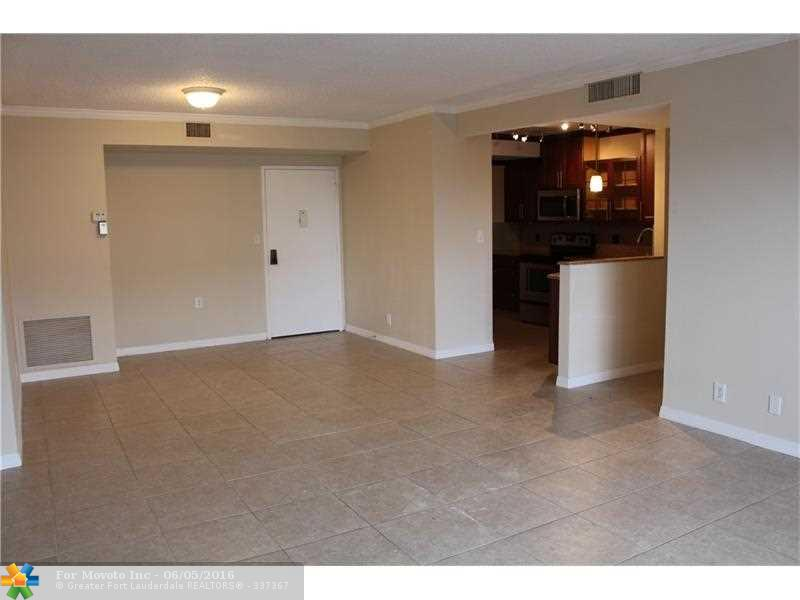 4350 Hillcrest Drive #714, Hollywood, FL 33021