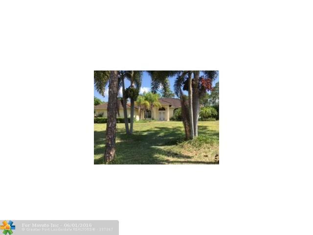12517 Temple Blvd, West Palm Beach, FL 33412