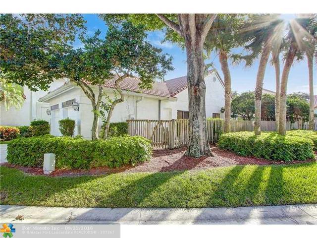 21703 W Cromwell Cir, Boca Raton, FL 33486