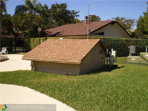 167 Wimbledon Lake Dr #23-147, Plantation, FL 33324