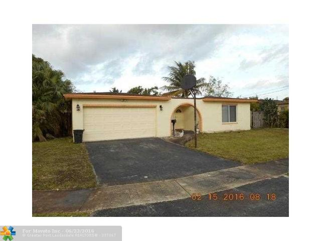 2301 NW 84th Way, Sunrise, FL 33322