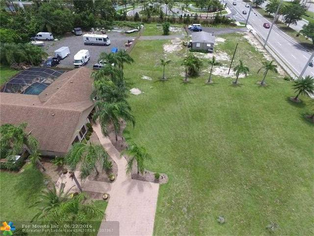 5389 Lantana Rd, Lake Worth, FL 33463