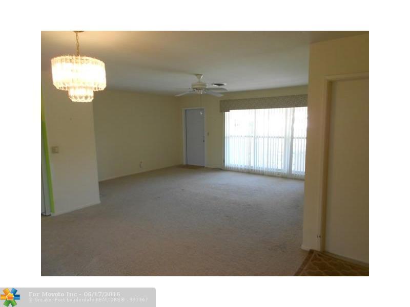 127 SE 11th Court, Deerfield Beach, FL 33441