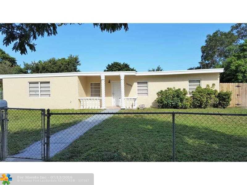 15825 E Bunche Park Dr, Miami Gardens, FL 33054