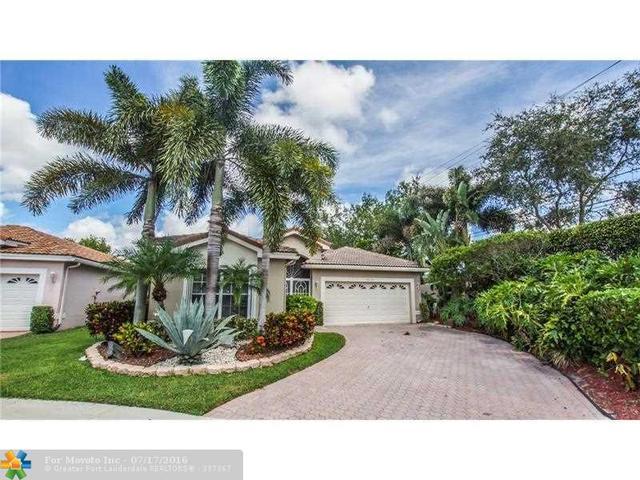 9870 Lemonwood Ct, Boynton Beach, FL 33437