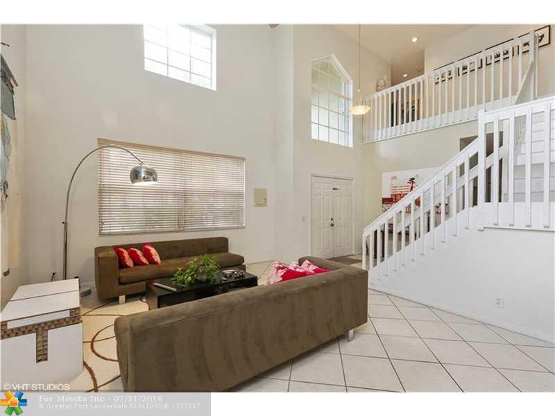 624 Cambridge Terrace, Weston, FL 33326