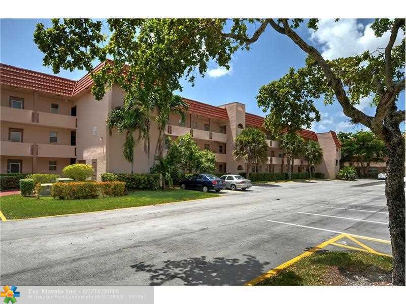 2701 Sunrise Lakes Dr #204 Fort Lauderdale, FL 33322