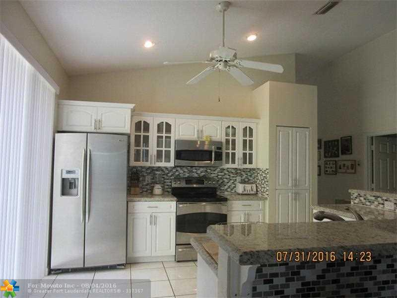 1244 NW 117th Avenue, Coral Springs, FL 33071