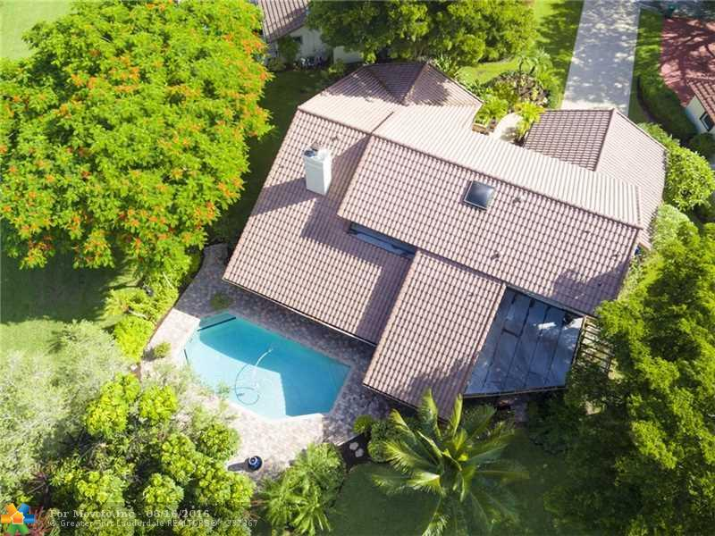 10320 NW 6th St, Coral Springs, FL 33071