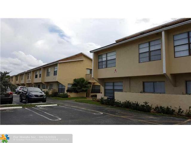 2584 Coral Springs Dr #84, Coral Springs, FL 33065