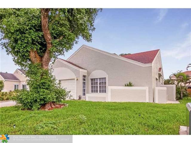 8551 Floralwood Dr, Boca Raton, FL 33433