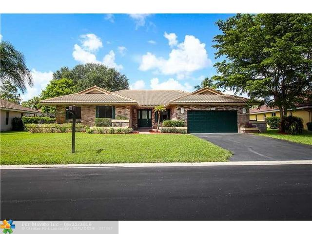 5076 NW 84th Rd, Coral Springs, FL 33067